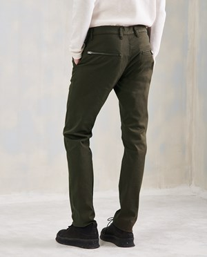 Elvine Slimson Chinos Men Army Green