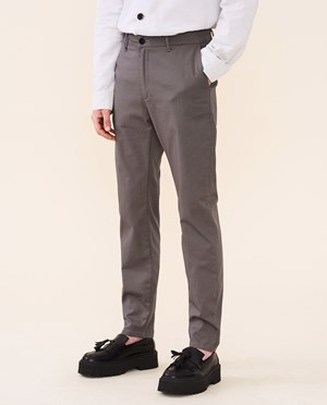 Elvine Crimson Chino Herr Grey