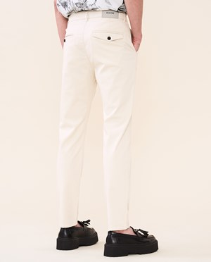 Elvine Crimson Chino Herr Chalk